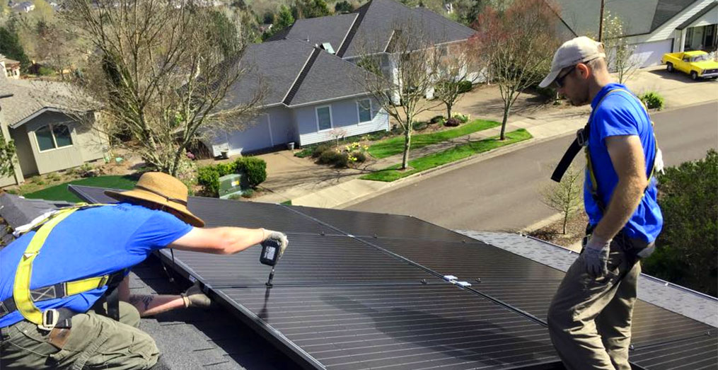 Roof Mounted Residential Solar Array by Abundant Solar of Corvallis Oregon